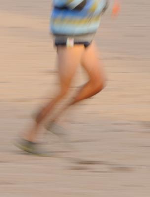 Man kan springa barfota också fast man inte har någon strand